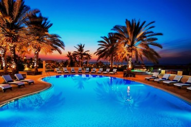 Viaggi Hilton al Hamra Beach & Golf Resort